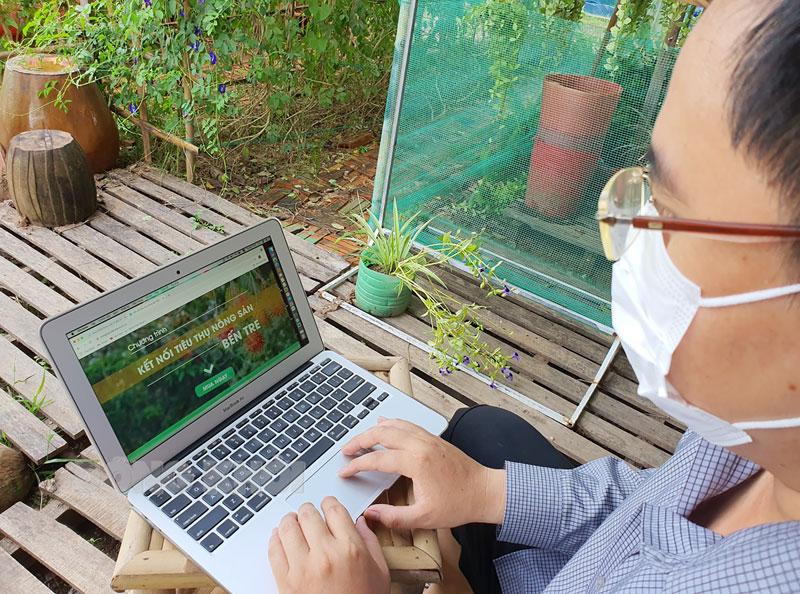 Chương trình Kết nối tiêu thụ nông sản Bến Tre trong mùa Covid được giới thiệu trên các trang Fanpage của Hội Nông dân tỉnh và Tỉnh Đoàn. Ảnh: T. Đồng