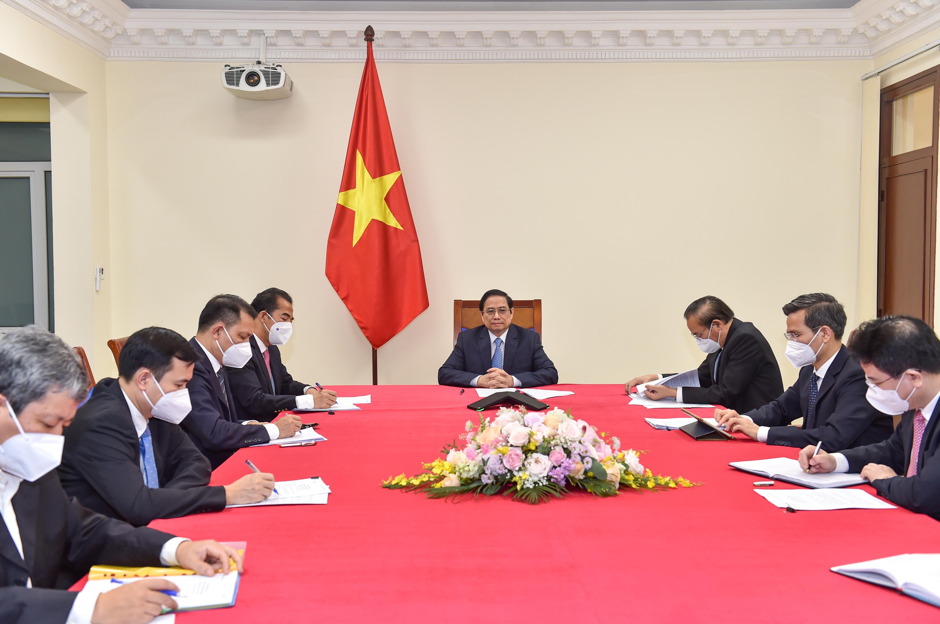 Thủ tướng đề nghị Áo đưa Việt Nam vào danh sách ưu tiên hỗ trợ phát triển. Ảnh: VGPNhật Bắc