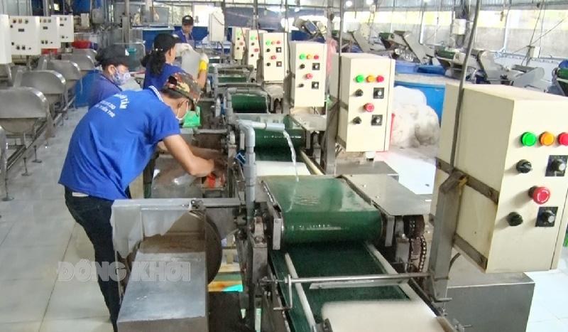 Các doanh nghiệp, cơ sở sản xuất, kinh doanh phải có phương án đảm bảo vừa sản xuất vừa chống dịch Covid-19.