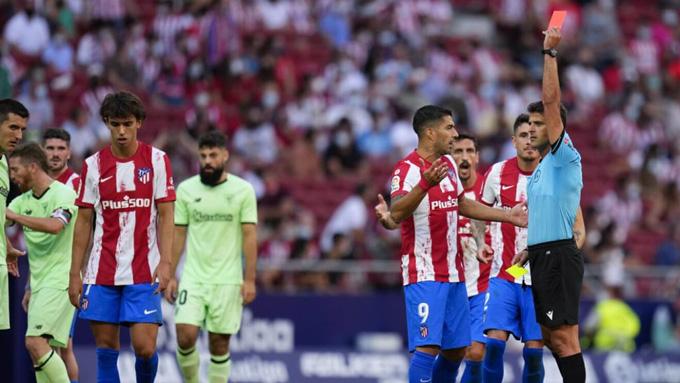 Chiếc thẻ đỏ của Felix là điểm nhấn lớn nhất của trận đấu Atletico vs Bilbao