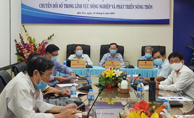 Đại biểu tham dự hội nghị trực tuyến về chuyển đổi số nông nghiệp. Ảnh: Thanh Đồng