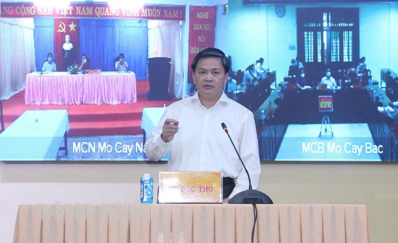 Bí thư Tỉnh ủy Lê Đức Thọ phát biểu kết luận cuộc họp.