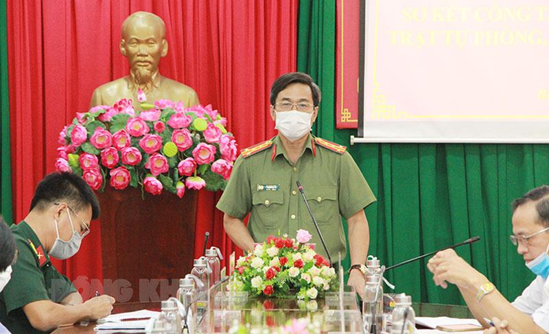 Giám đốc Công an tỉnh Võ Hùng Minh phát biểu kết luận cuộc họp.