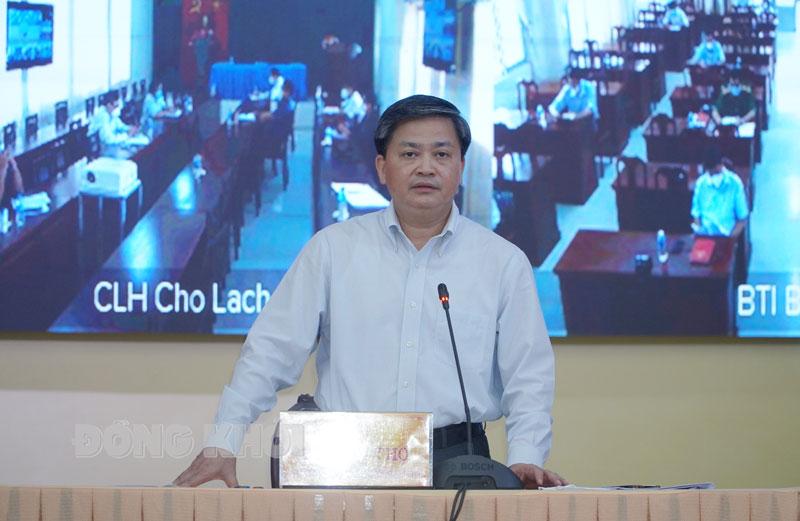 Bí thư Tỉnh ủy Lê Đức Thọ kết luận cuộc họp.