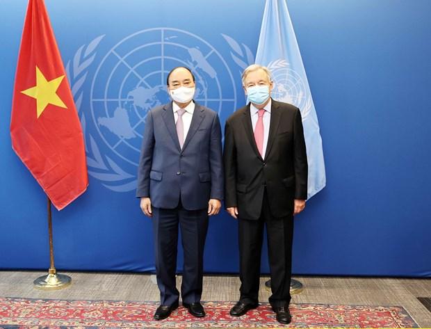 Chủ tịch nước Nguyễn Xuân Phúc gặp Tổng thư ký Liên hợp quốc Antonio Guterres. Ảnh: Thống Nhất/TTXVN