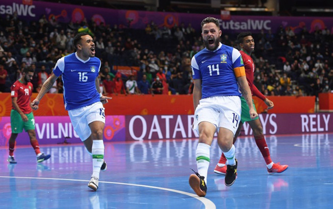 Futsal Brazil vào bán kết futsal World Cup 2021 - Ảnh: Getty