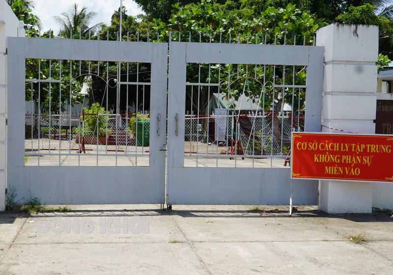 Công dân ngoài tỉnh về địa phương được cách ly tập trung để phòng dịch Covid-19.