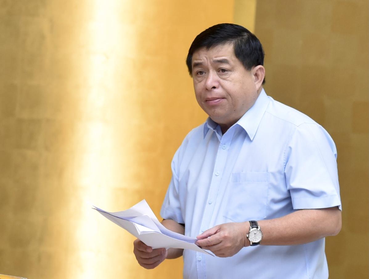 Bộ trưởng Bộ Kế hoạch và Đầu tư Nguyễn Chí Dũng phát biểu tại Hội nghị. Ảnh: VGP/Nhật Bắc