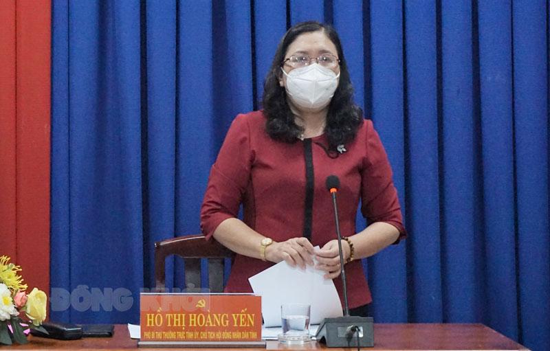 Phó bí thư Thường trực Tỉnh ủy - Chủ tịch HĐND tỉnh Hồ Thị Hoàng Yến phát biểu kết thúc buổi làm việc.