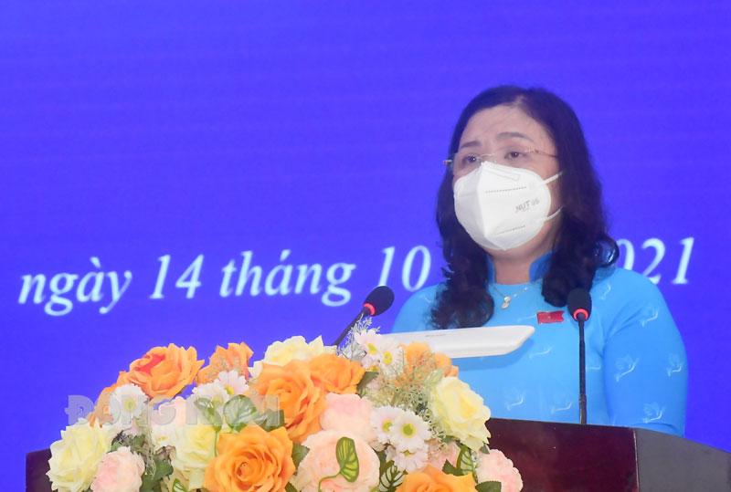 Phó bí thư Thường trực Tỉnh ủy, Chủ tịch HĐND tỉnh Hồ Thị Hoàng Yến phát biểu khai mạc kỳ họp.