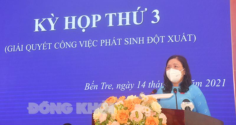 Phó bí thư Thường trực Tỉnh ủy - Chủ tịch HĐND tỉnh Hồ Thị Hoàng Yến phát biểu bế mạc kỳ họp.