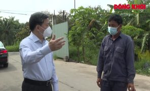 """Bí thư Tỉnh ủy Lê Đức Thọ thăm, kiểm tra doanh nghiệp sản xuất """"3 tại chỗ"""""""