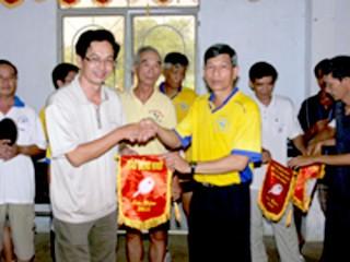 Công đoàn cơ sở báo Đồng Khởi giao lưu bóng bàn