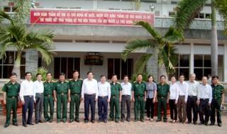 Lãnh đạo tỉnh thăm, chúc Tết Bộ Chỉ huy Quân sự tỉnh và Công an tỉnh