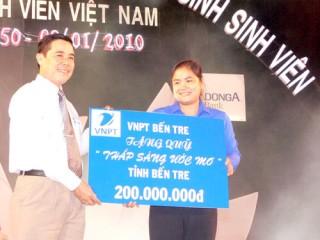VNPT Bến Tre được tặng thưởng Huân chương Lao động hạng ba