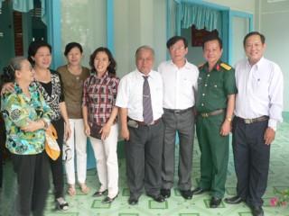 Họp mặt đầu xuân với đồng hương Bến Tre tại  tỉnh Vĩnh Long