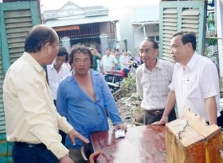 Lốc xoáy làm thiệt hại 396 căn nhà tại Thị trấn và Bình Thắng