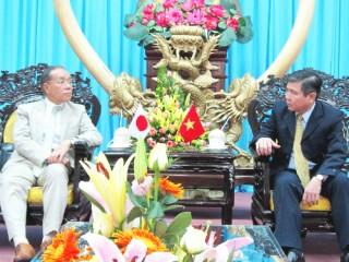 Đại sứ đặc mệnh toàn quyền Nhật Bản đến thăm Bến Tre