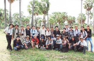 Phân hội Nhiếp ảnh Bến Tre tác nghiệp ở An Giang