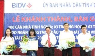 Khánh thành, bàn giao các công trình do Ngân hàng Thương mại Cổ phần Đầu tư và Phát triển Việt Nam (BIDV) tài trợ
