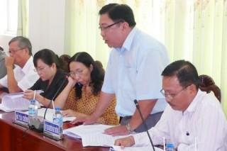Đoàn Đại biểu Quốc hội lấy ý kiến đóng góp Dự thảo Luật Đất đai (sửa đổi)