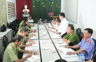 Đoàn đại biểu Quốc hội tỉnh giám sát việc thi hành pháp luật tố tụng hình sự