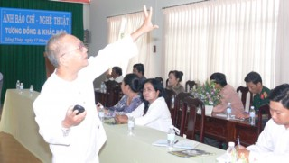 Bến Tre tham gia tập huấn và triển lãm ảnh các tỉnh Bắc sông Hậu