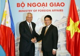 Việt Nam - Philippines trao đổi về tình hình căng thẳng ở Biển Đông