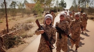 Liên hiệp quốc: IS đang đào tạo trẻ 5 tuổi thành chiến binh ở Syria