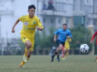 Đương kim vô địch U19 có chiến thắng đầu tiên, SHB Đà Nẵng thua nặng