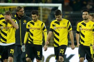 Dortmund tiếp tục cầm đèn đỏ