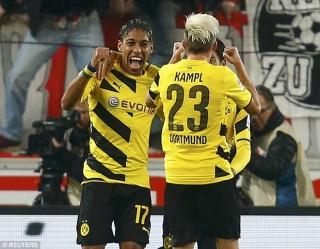 Dortmund nối dài mạch thắng