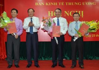 Triển khai Quyết định của Bộ Chính trị, Ban Bí thư về công tác cán bộ của Ban Kinh tế Trung ương