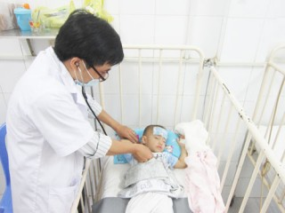 Chủ động tiêm ngừa vắc-xin phòng bệnh mùa nắng