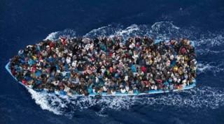 Châu Âu xem xét tổ chức hội nghị thượng đỉnh khẩn cấp về vấn đề người nhập cư