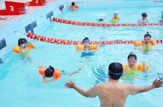 47 học viên được bồi dưỡng hướng dẫn viên bơi