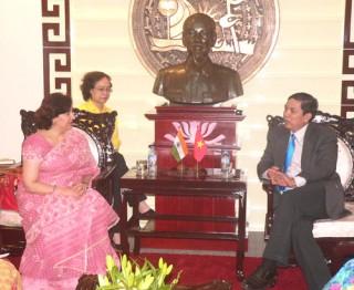 Đại sứ đặc mệnh toàn quyền Cộng hòa Ấn Độ tại Việt Nam đến chào xã giao lãnh đạo tỉnh