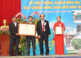 Phú Thuận - xã thứ 6 đạt chuẩn nông thôn mới
