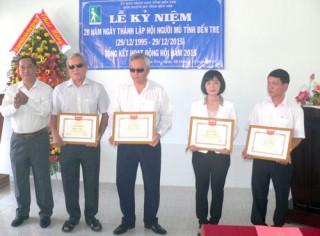 Hoạt động của Hội Người mù ngày càng ổn định và phát triển
