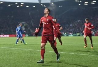 Điể̉m tin sáng 11-2: Lewandowski lập cú đúp, B.M vào bán kết Cúp quốc gia Đức