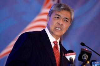 Malaysia dừng tuyển mới lao động nước ngoài