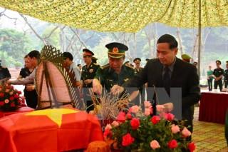 Bàn giao hài cốt quân tình nguyện, chuyên gia Việt Nam tại Lào