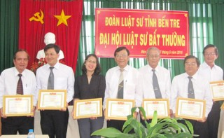 Luật sư Nguyễn Tấn Đức được bầu bổ sung là Phó Chủ nhiệm Đoàn Luật sư tỉnh