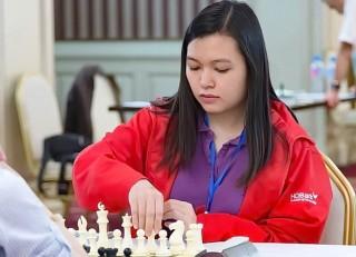 Mai Hưng đánh bại kỳ thủ dẫn đầu bảng nữ giải vô địch châu Á
