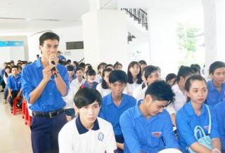 200 đoàn viên, thanh niên được tập huấn về kiến thức an toàn giao thông