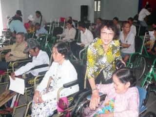 Vận động cộng đồng quan tâm chăm sóc, giúp đỡ nạn nhân da cam/dioxin