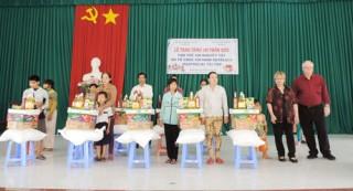 Trao 67 suất học bổng Võ Văn Khánh