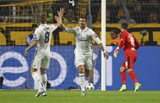 Ronaldo ghi bàn, Real vẫn không thắng được Dortmund