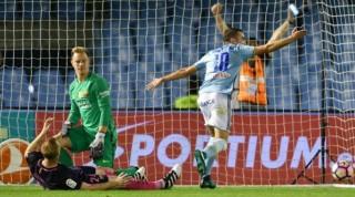 Thủ môn Ter Stegen mắc hai sai lầm, Barca gục ngã trước Celta Vigo