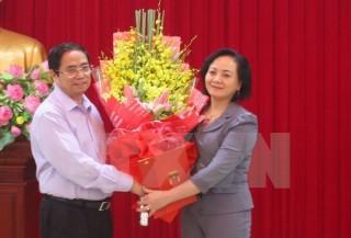 Trao quyết định của Bộ Chính trị chuẩn y Bí thư Tỉnh ủy Yên Bái